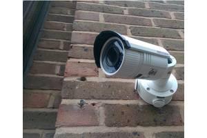 Встановлення камер спостереження в Бучі