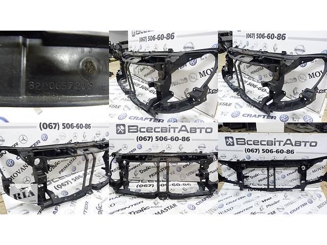 купить бу Установочная панель передняя (окуляр, телевизор, рамка) Opel Movano 2.3 CDTI (2010-…) 165553737R 8200657209 8200657209E в Звенигородці