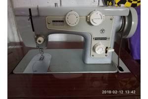 Ножні швейні машинки