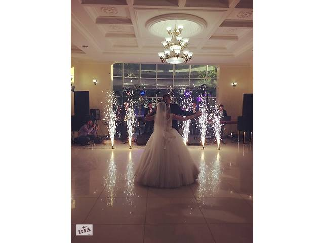бу Важкий дим. Оформлення першого весільного танцю в Тернопільській области