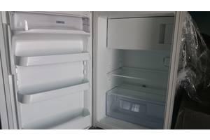 Вбудовані однокамерні холодильники Zanussi