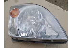 Вживаний фара для Toyota Land Cruiser Prado 120