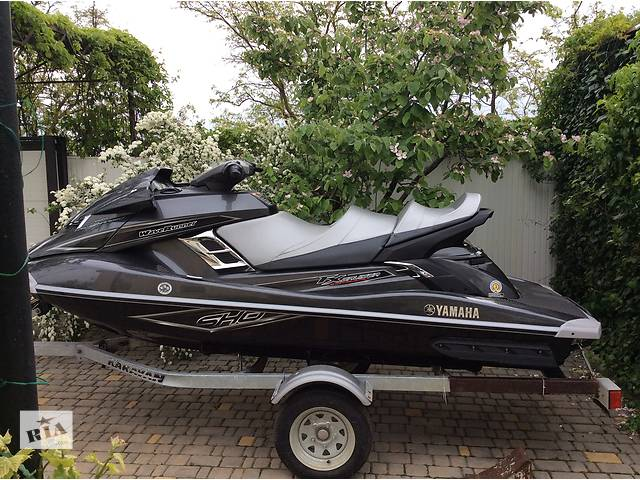 продам  Yamaha FX Cruiser SHO 2014  Wave Runner бу в Доброславе (Коминтерновское)