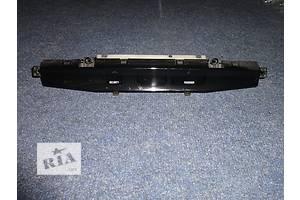 б/у Информационные дисплеи Toyota Camry
