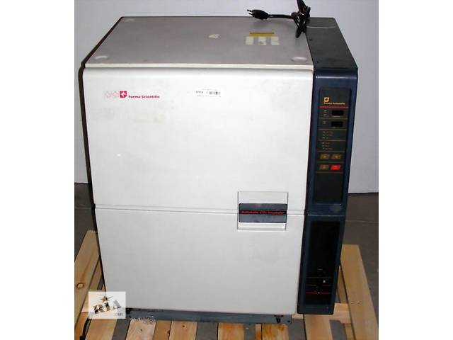 бу Инкубатор  Forma Scientific 3193 Water-Jacketed CO2 Incubator в Самборе