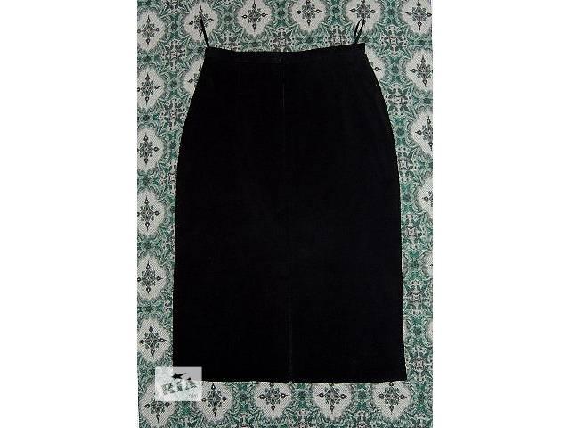 бу юбка-карандаш из плотной велюровой ткани черного цвета. Размер 50-52. в Харькове