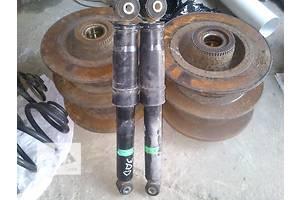 Амортизатори задні / передні Opel Vivaro