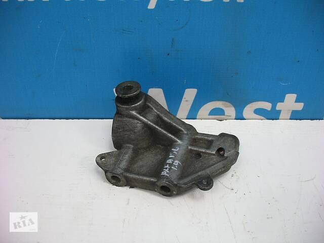 продам Б/У 1997 - 2003 156 Кронштейн двигуна 1.9 JTD. Вперед за покупками! бу в Луцьку