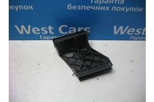 б/у Кронштейны бамперов Audi A8