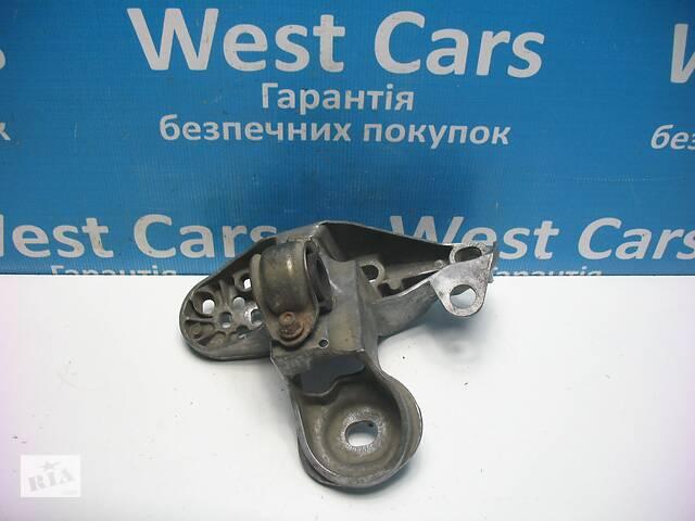 купить бу Б/У 1997 - 2005 A6 Кронштейн двигуна лівий. Вперед за покупками! в Луцьку