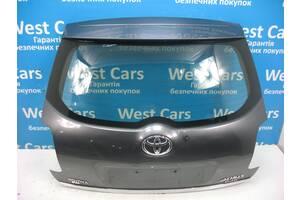 Б/У Крышка багажника серая Auris 2006 - 2009 6700502110. Вперед за покупками!