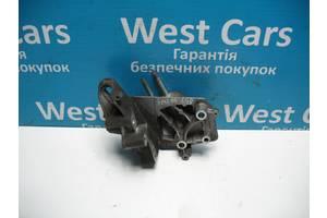 Б/У Кронштейн опори двигуна Fiesta 2008 - 2012 1684781. Вперед за покупками!