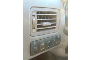 б/у Блоки кнопок в торпеду Hyundai Tucson