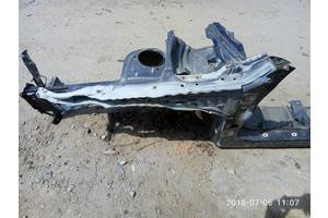 б/в чверті автомобіля Subaru Outback