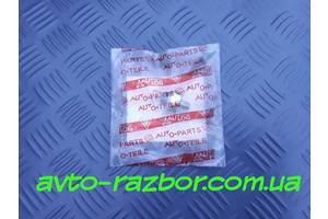 Б/у Датчик давления масла новый на 1.8 16V Mazda 626 GE 91-97 год