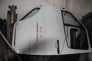 б/у Двери передние Mercedes Sprinter 313