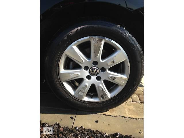 купить бу Диски титановые (литье) R 16 комплект  для Volkswagen Passat B6 Touran 3C0601025AE в Луцьку