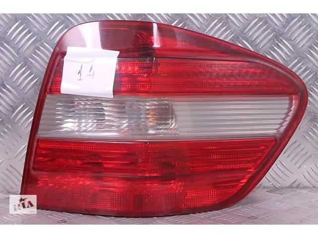 купить бу Б/у фонарь задний правый для Mercedes ML-Class W164 A1648200264 в Киеве