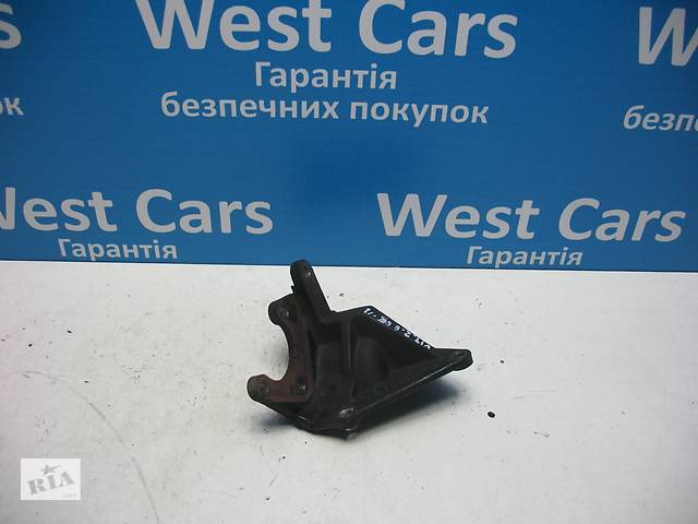 продам Б/У 2005 - 2012 Grand Vitara Кронштейн насоса ГУРа 2.0 B. Вперед за покупками! бу в Луцьку