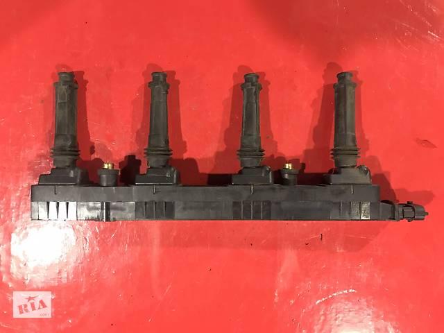купить бу Б/у катушка зажигания для Opel Astra G 2.0 BENZ 2000-2005 90424480 0221503468 9044480 6235037 9198834 в Луцке