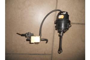 б/у Клапаны давления топлива в ТНВД Volkswagen Passat B4