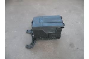б/у Корпуса под аккумулятор Volkswagen Passat B6