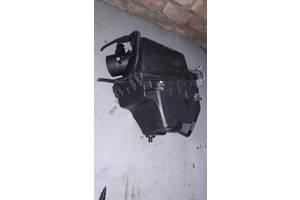 Б/у корпус воздушного фильтра для Lexus NX  1770536110