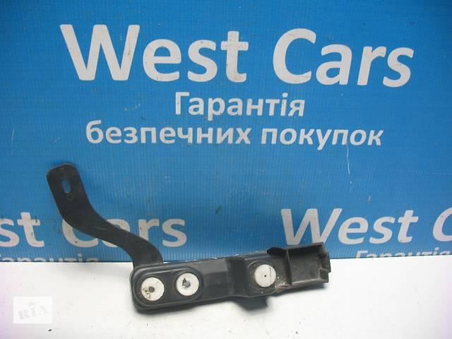 Б/У 2010 - 2015 Astra J Кронштейн бампера задній лівий. Вперед за покупками!- объявление о продаже  в Луцьку