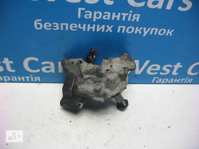 продам Б/У 1996 - 2000 Passat  Кронштейн масляного фильтра. Вперед за покупками! бу в Луцьку