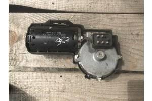 Б/у моторчик стеклоочистителя для Mercedes 124 (0390241410)