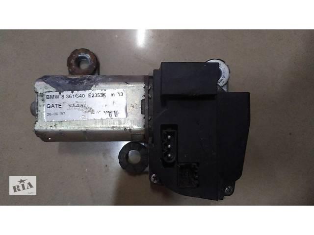 купить бу Б/у Моторчик электродвигатель заднего стеклоочистителя для BMW 530   3,0Д  2000р 8 361 640 в Березному