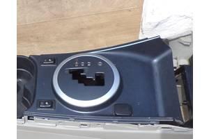 б/у Центральные консоли Mazda CX-7