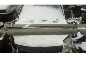 б/у Накладки порога Mercedes 124