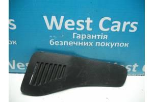 Б/У Кришка багажного відсіку права Rav 4 2006 - 2012 6476642041. Вперед за покупками!