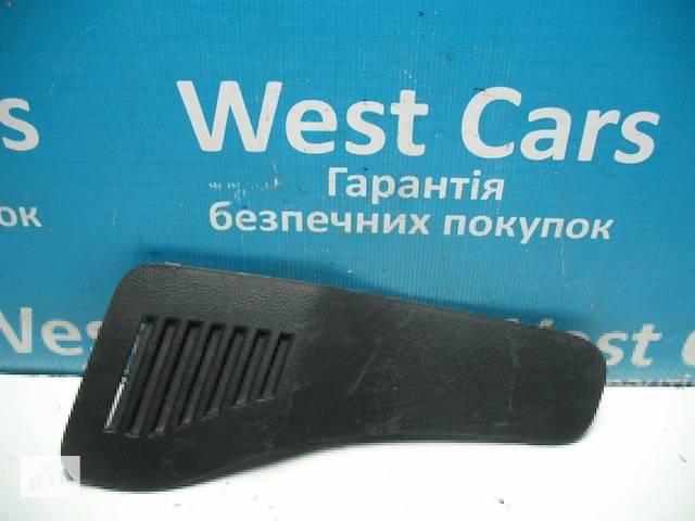 купить бу Б/У 2006 - 2012 Rav 4 Кришка багажного відсіку права. Вперед за покупками! в Луцьку