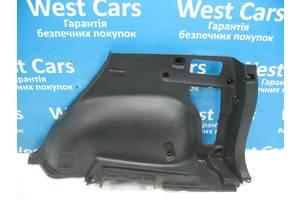 Б/У Обшивка багажника задня права Rav 4 2006 - 2012 6473042070B0. Вперед за покупками!