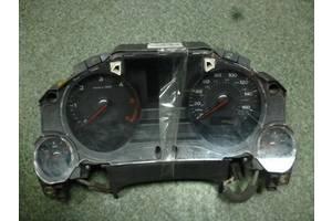 б/у Панели приборов/спидометры/тахографы/топографы Audi A8
