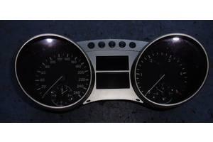 б/у Центральные консоли Mercedes M-Class