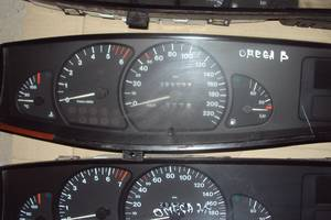 б/у Панели приборов/спидометры/тахографы/топографы Opel Omega B