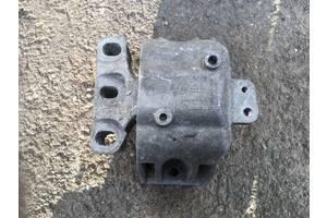 б/у Подушки мотора Volkswagen