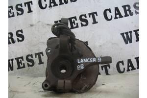 б/у Поворотные кулаки Mitsubishi Lancer