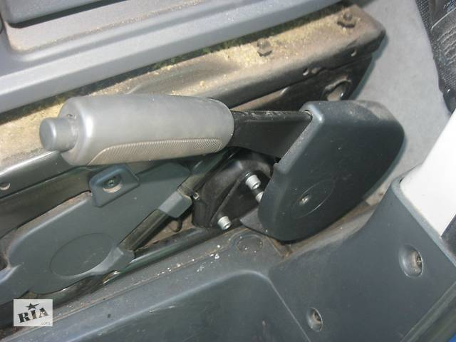 продам Б/у ручка ручника для Peugeot Boxer 2006- бу в Ровно