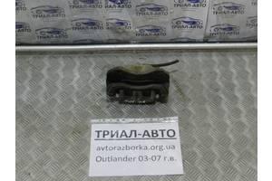 б/у Суппорты Mitsubishi Outlander