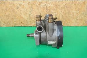 б/у Топливные насосы высокого давления/трубки/шестерни Citroen C2