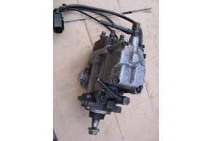 б/у Топливные насосы высокого давления/трубки/шестерни Mercedes Sprinter
