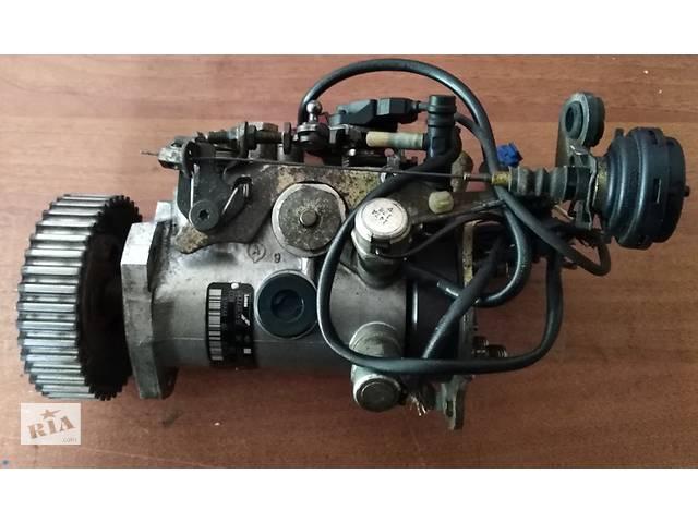 купить бу Б/у топливний насос високого тиску для Renault Kangoo R8448B281B РОЗПРОДАЖ в Хмельницком