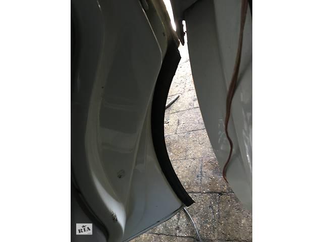 фольксваген транспортер т5 уплотнитель двери