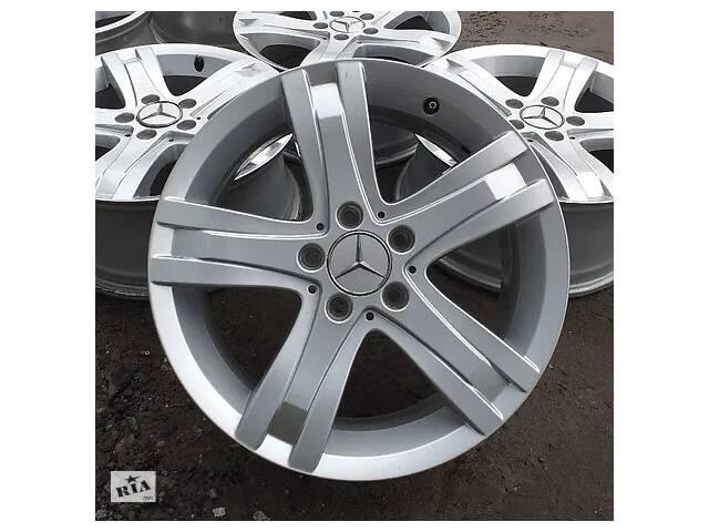 купить бу Б/в Диски Mercedes R17 5x112 ET47,5 GLK ML W176 W204 W212 W220 Vito 211 в Львові