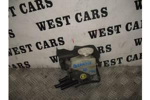 б/у Бачки главного тормозного цилиндра Mitsubishi Grandis