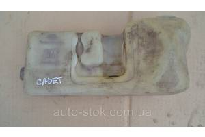 Бачки омывателя Opel Kadett